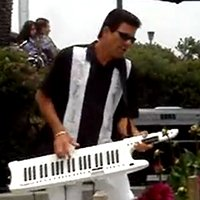 10 Guitar-envying Keytar Solos