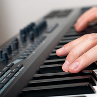 25 Key Websites for Piano and Keyboard Players